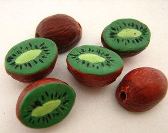 20 Tiny Kiwi Beads - CB810