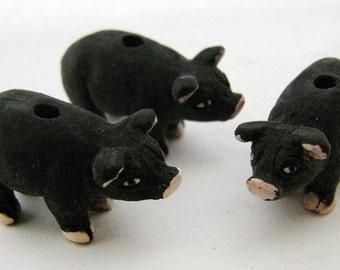 4 Large Black Pig Beads - Standing - LG246