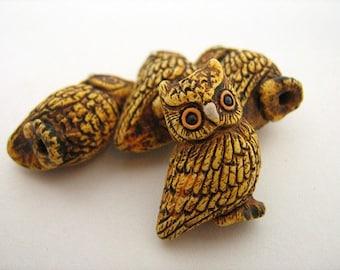10 Large Owl Beads - LG272
