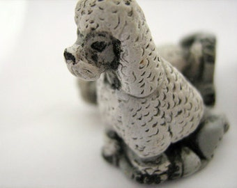 10 Large Poodle Beads - grey and white - LG284