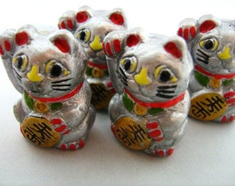 4 Large Good Luck Kitty Beads - silver - LG468