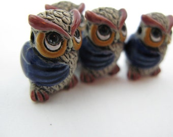 10 Large Owl Beads - blue wings - LG458