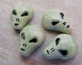 20 Tiny Green Alien Beads CB193