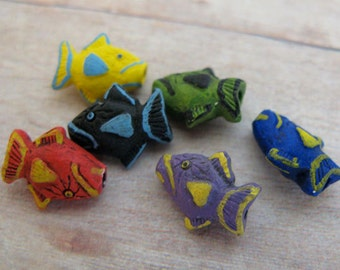 4 Tiny Mixed Trigger Fish Beads
