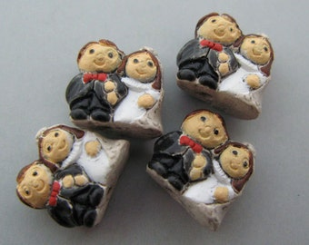 10 Tiny Bride and Groom Beads