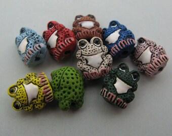 20 Tiny Frog Beads - mixed