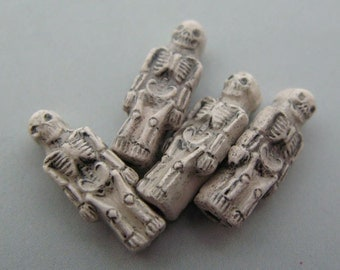 10 Ceramic Beads - Small White Skeleton Beads - CB531