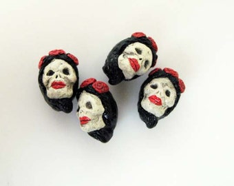 4 Ceramic Beads - Tiny Frida Skull Beads - brunette - CB851