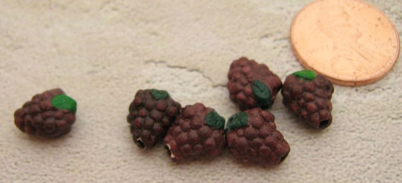 4 Tiny Purple Grape Beads - CB297