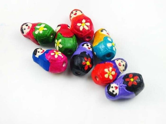 10 Tiny Russian Doll Beads - CB780