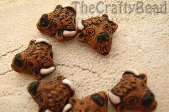 20 Tiny Buffalo Head Beads - ceramic, peruvian, animal, native - CB254