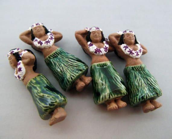 10 Large Hula Girl Beads - charms, hawiian, surf, surfer, tropical, ceramic - LG446