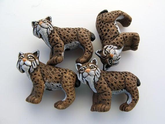 4 Large Bobcat Beads