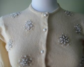 cashmere - cardigan - sweater - vintage - 1950 - off white - beads - small - mad men