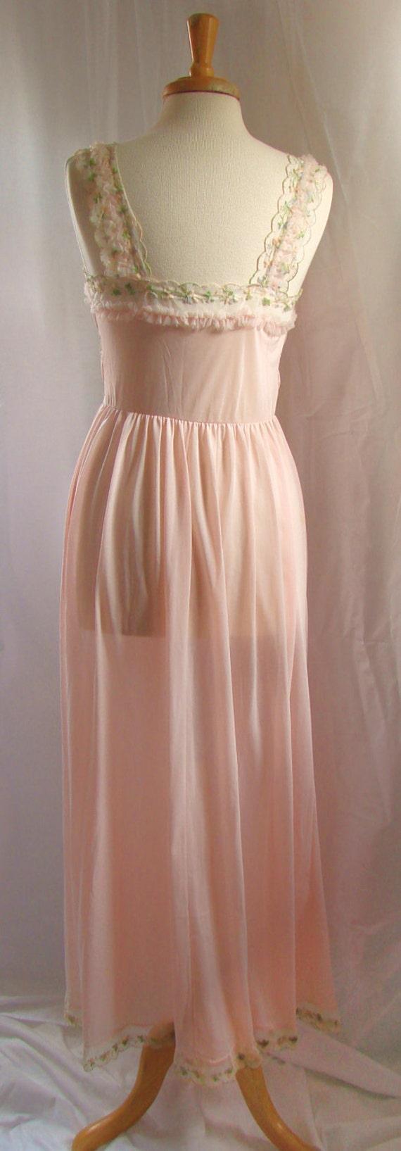 Blush Lingerie Nightgown / Vintage 50s Pink Peach Blush Gotham