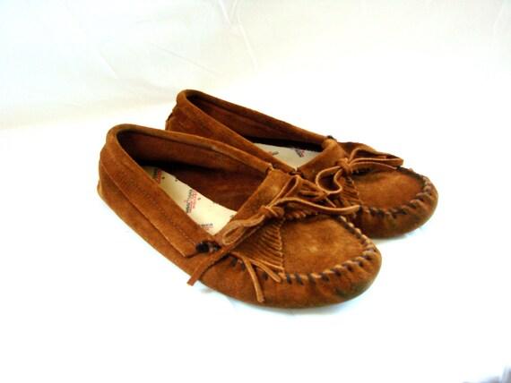 vintage Suede & Fringe Leather Minnetonka Loafers Moccasins size 9
