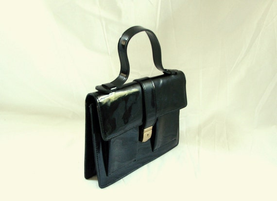 Black Handbag / vintage 60s Black Patent Leather Handbag