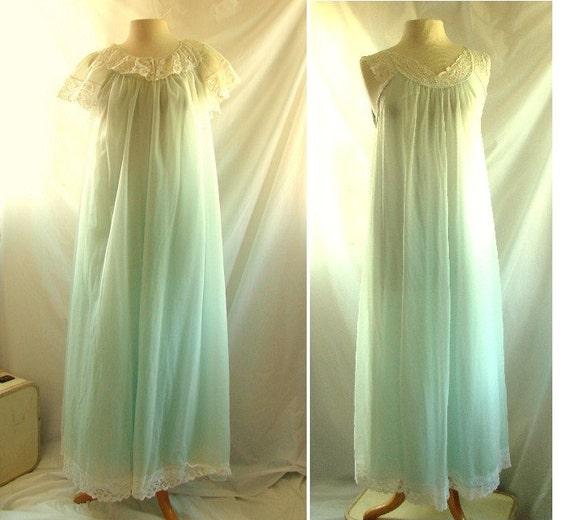 1960s Lingerie  / vintage 1960s Nylon Chiffon Nightgown and Peignoir / Bridal Lingerie Set