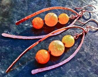 Copper Agate Hammered Earrings ORANGE SPUR