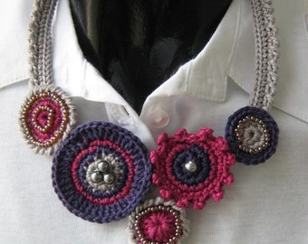 CROCHET NECKLACE - CIRCLE