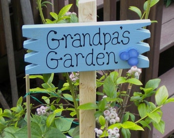 Small Yard Sign 41 - Grandpa's  Blueberry Garden