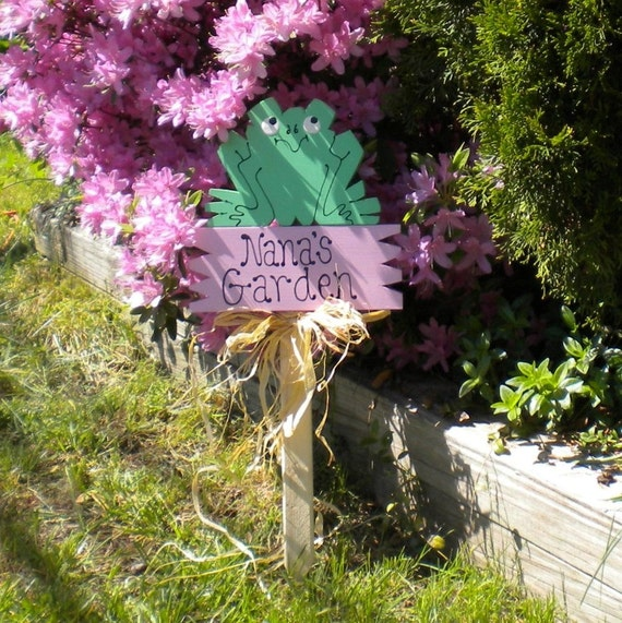 Yard Sign 52 - Nana's Garden