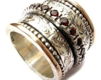 Silver 9k Gold Garnet Spinner Ring Floral Band