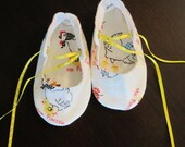 Mothers Day Baby Sale Shoes, Infant Baby BeBe Booties 6 to 9 months My Chick Little Chicken and Mommy