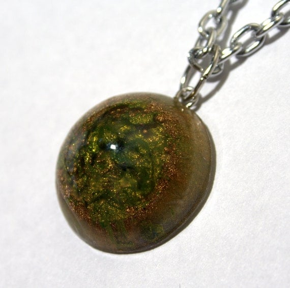 Mini Planet Pendant Gold and Green