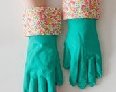 Ditsy Floral Nitrile Cleaning Gloves