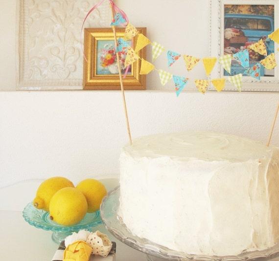 Cake Bunting LOLA