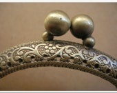 8.5cm antique brass metal purse frame / clutch frame / puse clasp / kiss lock frame / half round coin purse frame