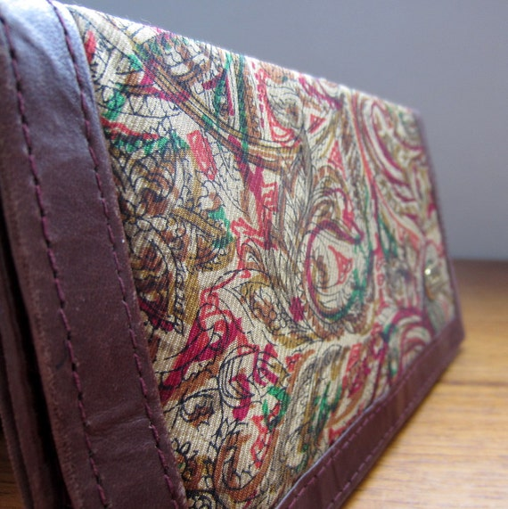 Vintage Wallet. Purse. 1970s. Leather and Paisley. Christina Brand.