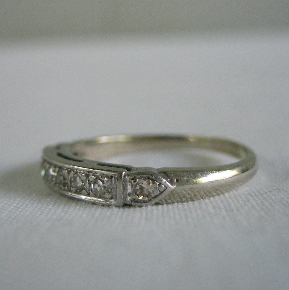 Vintage Wedding Band 1940s Diamond White Gold Ships From