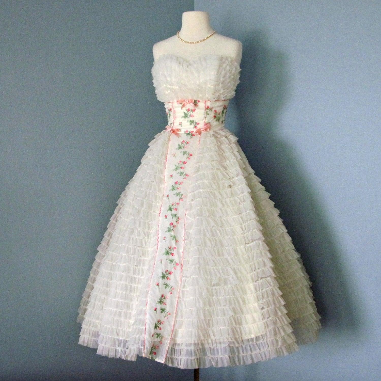 1950s Tea Length Wedding Dress...1950s Cream Chiffon And