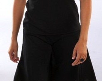 Black Travel Skirt