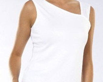 GO Travel Wear White Sleeveless Top  made in USA