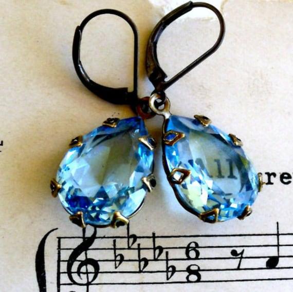 Aqua Ice Blue Tears  Estate Style Aqua Glass Jewel Earrings