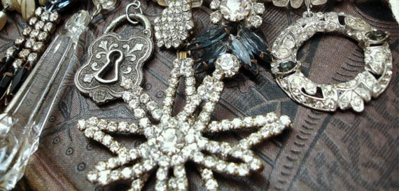 Star with Royal Beauty Bright Vintage Rhinestone and Sterling Assemblage Necklace