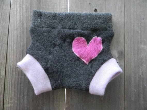 Upcycled Cashmere Soaker Cover Diaper Cover With Added Doubler Gray /Purple With Hot Pink Heart Applique SMALL Kidsgogreen
