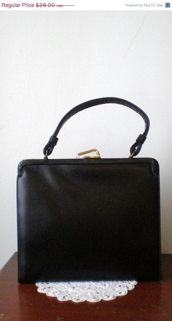 25% off one day only II vintage 1950s handbag II vintage 50s black leather handbag box purse