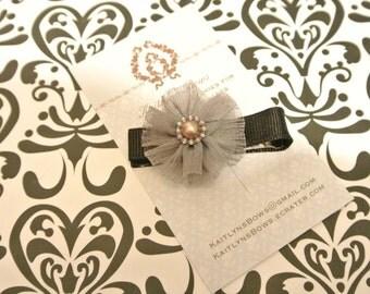 Pretty dark grey flower hair clip