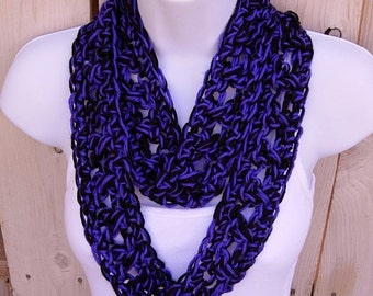 SUMMER SCARF Small Infinity Loop Cowl, Black & Vibrant Dark Purple, Soft Skinny Handmade Crochet Knit Necklace..Ready to Ship in 3 Days