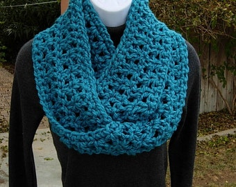 Infinity Loop Scarf, Turquoise Teal Solid Blue, Extra Soft 100% Acrylic Crochet Knit Winter Eternity Circle Women's Cowl..Ready to Ship