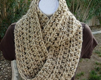 COWL SCARF Infinity Loop, Oatmeal Cream Beige Tweed, Thick Soft Wool Blend Crochet Knit Endless Winter, Neck Warmer..Ready to Ship in 3 Days