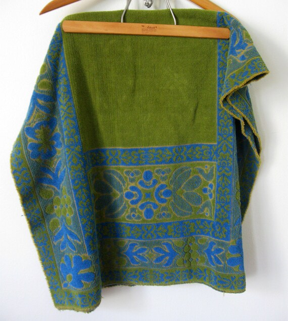 Large Vintage Bath Towel, Reversible Blue and Avocado Terry Cloth