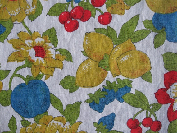 """Vintage Fruit Tablecloth, 42"""" x 100""""  Cotton fabric perfect to make Grocery Bags"""