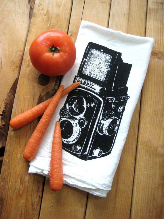 Screen Printed Organic Cotton Flour Sack Tea Towel - Vintage Camera Illustration - Eco Friendly Dish Towel
