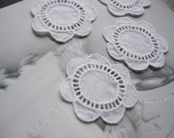 SALE-8Pcs White Flower Cotton Embelishments