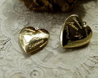 30Pcs Gold Plated Franch Heart Lockets